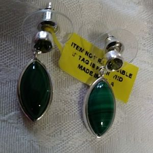 Nwt! Malachite on Sterling posts earrings 1/4 in
